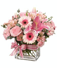 Make their day so special with the arrival of this pretty bouquet.