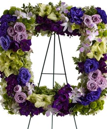 Regal - Square Wreath
