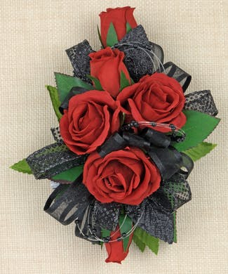 Simply Chic Corsage