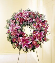 Loving Sentiments - Wreath Display